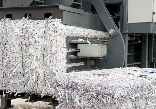 Chutes de papier recyclage